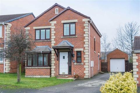 3 bedroom detached house for sale - Periwood Avenue, Millhouses, Sheffield, S8