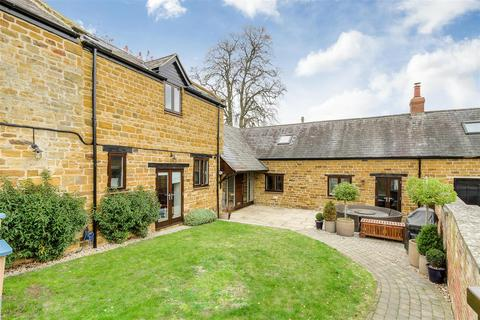 4 bedroom barn conversion for sale - Mews Court, Chapel Brampton, Northampton