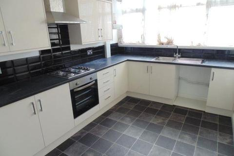 3 bedroom maisonette to rent - Woodside Road, Norwich
