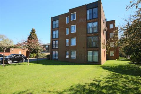 1 bedroom flat to rent - London Road, Patcham, Brighton