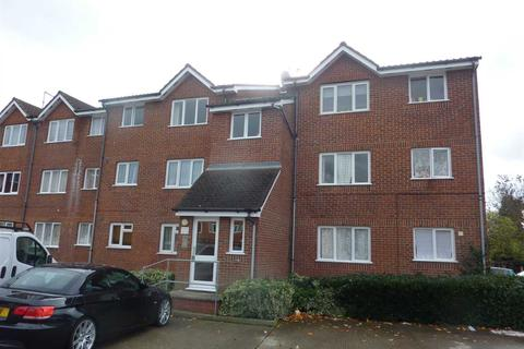 1 bedroom flat - Linnett Close, London