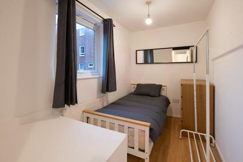 1 bedroom flat share to rent - Oban Street E14
