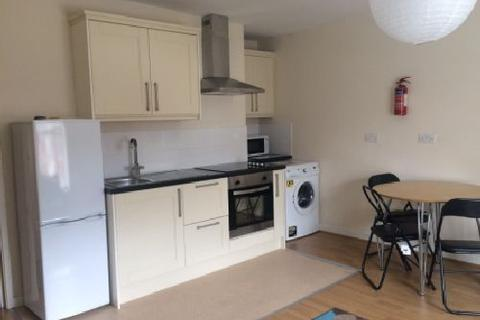 3 bedroom house share - Alfreton Road, Arboretum, Nottingham, Nottinghamshire, NG7
