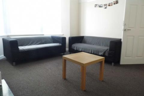 4 bedroom house share to rent - 4 bed - Egerton Road L15
