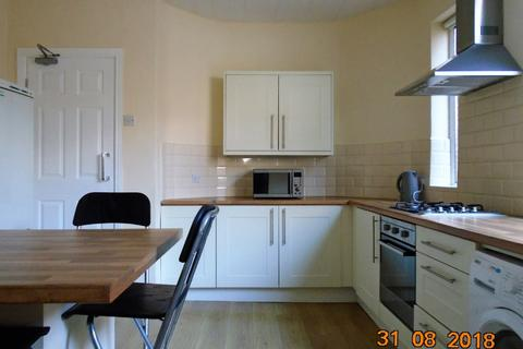 5 bedroom house share to rent - 5 Bed - Penny Lane, Mossley Hill, L18