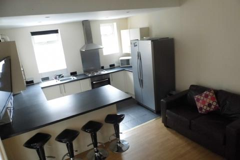 1 bedroom house share to rent - 6 Bed - Langdale Road, Wavertree, L15