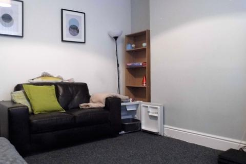 4 bedroom house share to rent - 4 Bed - Alderson Road, Wavertree, L15
