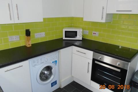 3 bedroom house share to rent - 3 Bed - Bagot Street, Liverpool, L15 0HT