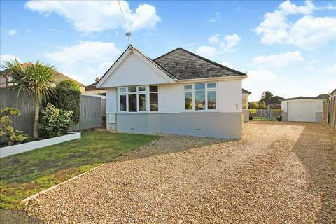 3 bedroom bungalow for sale - White Close, Poole