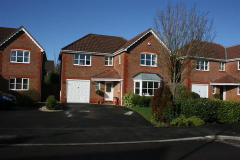4 bedroom detached house to rent - Heathfields, Bromley Heath, Bristol