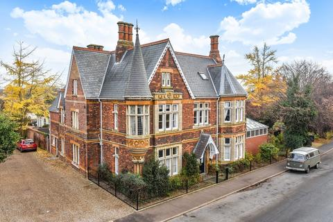 8 bedroom detached house for sale - King's Lynn