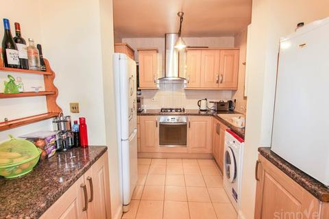 4 bedroom house to rent - Raynton Drive, Hayes, Middlesex