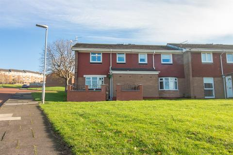 3 bedroom end of terrace house for sale - Marian Court, Gateshead