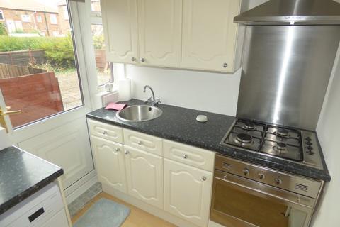 2 bedroom ground floor flat to rent - Eastbourne Avenue, Walkerdene
