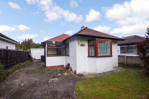 2 bedroom detached bungalow for sale - Dee Road, Talacre