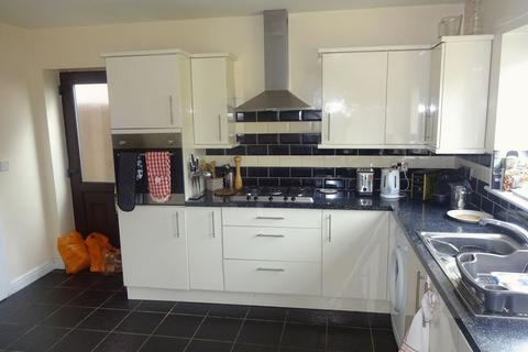 2 bedroom house share to rent - Harrington Drive, Nottingham
