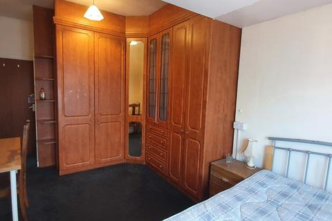 1 bedroom in a house share to rent - St Patricks Road, Room 2, Coventry CV1 2LP