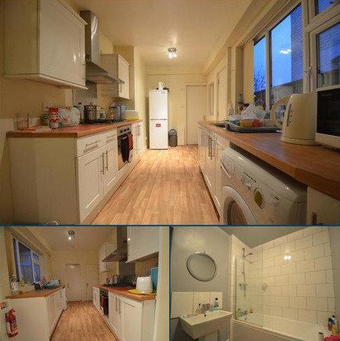 4 bedroom terraced house to rent - Warwards Lane, Selly Oak, Birmingham B29