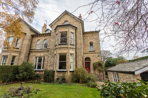 6 bedroom semi-detached house for sale - Chesham Place, Bowdon
