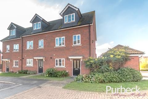 3 bedroom end of terrace house for sale - Buzzard Rise, Stowmarket, Suffolk IP14