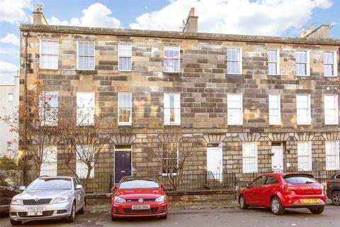 4 bedroom flat for sale - 14/4 Smith's Place, Edinburgh, EH6