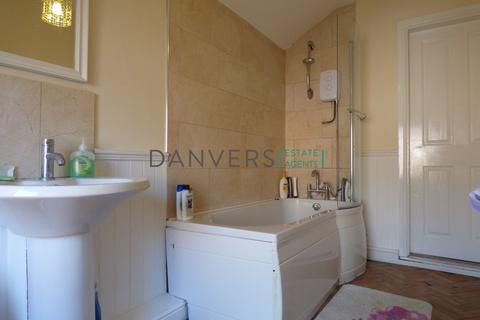 4 bedroom terraced house to rent - Warwick Street, Leicester