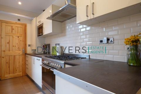 5 bedroom terraced house to rent - Bruce Street, Leicester