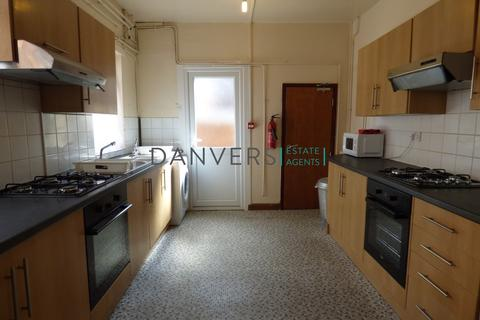 7 bedroom terraced house to rent - Stretton Road, Leicester