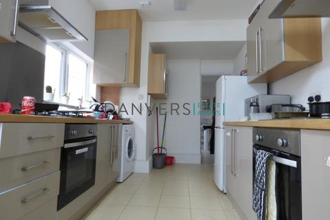 5 bedroom terraced house to rent - Beaconsfield Road, Leicester