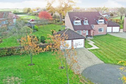 5 bedroom detached house for sale - Sutton Park, Sutton on Derwent, York