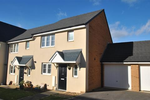 3 bedroom semi-detached house for sale - Fulmar Road, Bude