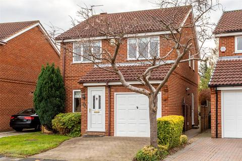 3 bedroom detached house to rent - Turnberry Drive, York, YO26