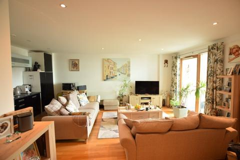 2 bedroom apartment to rent - The Gateway South, Marsh Lane