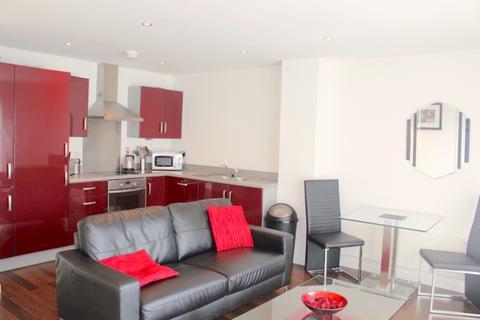 1 bedroom flat to rent - South Quay, Kings Road, Swansea, SA1 8AH
