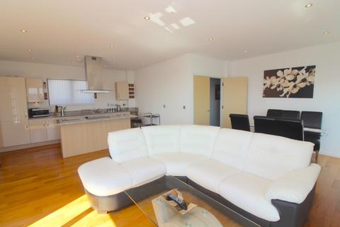 2 bedroom penthouse to rent - South Quay, Kings Road, Swansea, SA1