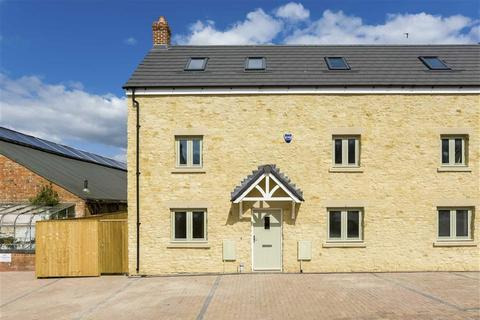 3 bedroom semi-detached house for sale - Horsefair, Chipping Norton, OX7