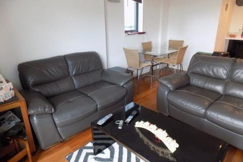 2 bedroom flat to rent - South Quay, Marina