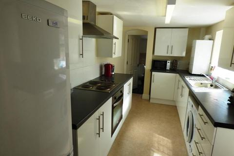 1 bedroom house share to rent - Mill Road, Gillingham