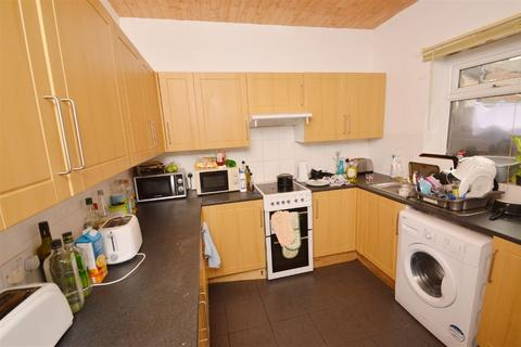 5 bedroom house to rent - Albion Road, Manchester