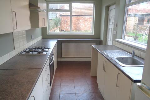 3 bedroom terraced house to rent - 8 Sharp Street