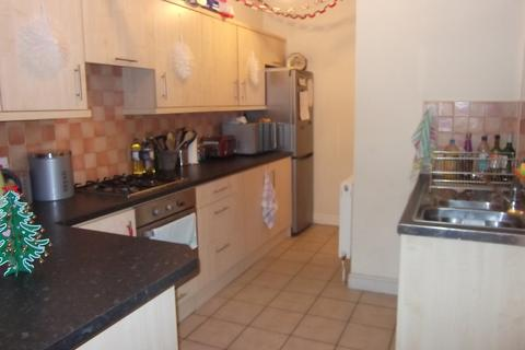 6 bedroom terraced house to rent - Light Lane, Coventry