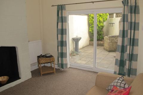 5 bedroom detached house to rent - St Matthews Place, BA2 4JJ