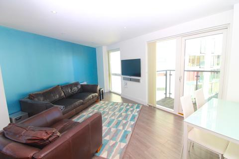 2 bedroom apartment to rent - Meridian Bay, Trawler Road, Swansea, SA1 1PG