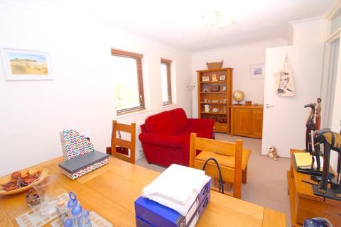 2 bedroom apartment for sale - Ferrara Square, Maritime Quarter