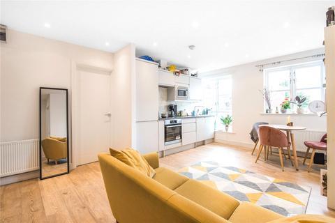 2 bedroom flat to rent - Umfreville Road, Harringay, London, N4