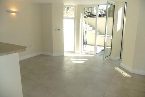 Studio to rent - The Glen, Redland