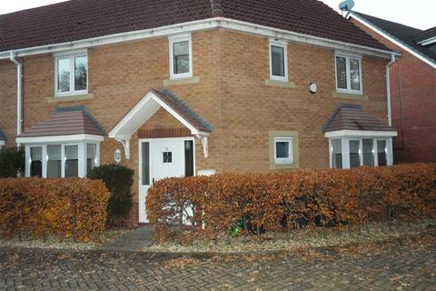 3 bedroom semi-detached house to rent - Remus Court, North Hykeham, Lincoln LN6