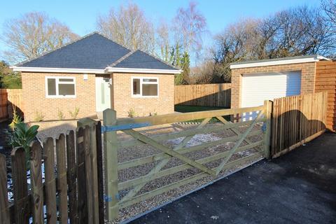 3 bedroom detached bungalow for sale - Addison Road, Brockenhurst
