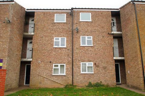 1 bedroom flat for sale - Hunters Close