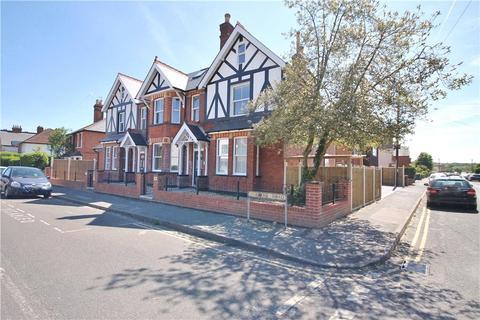 1 bedroom apartment for sale - Osborne Road, Egham, Surrey, TW20